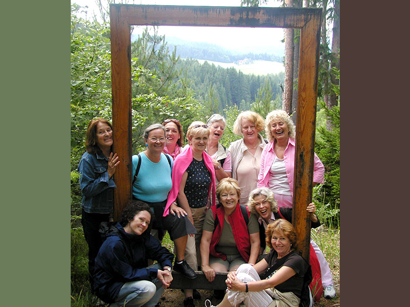 Wandern in der Kraftarena Groß Gerungs (Weltkugel)